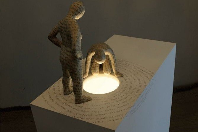 Cayetano Romero exposición Iluminados